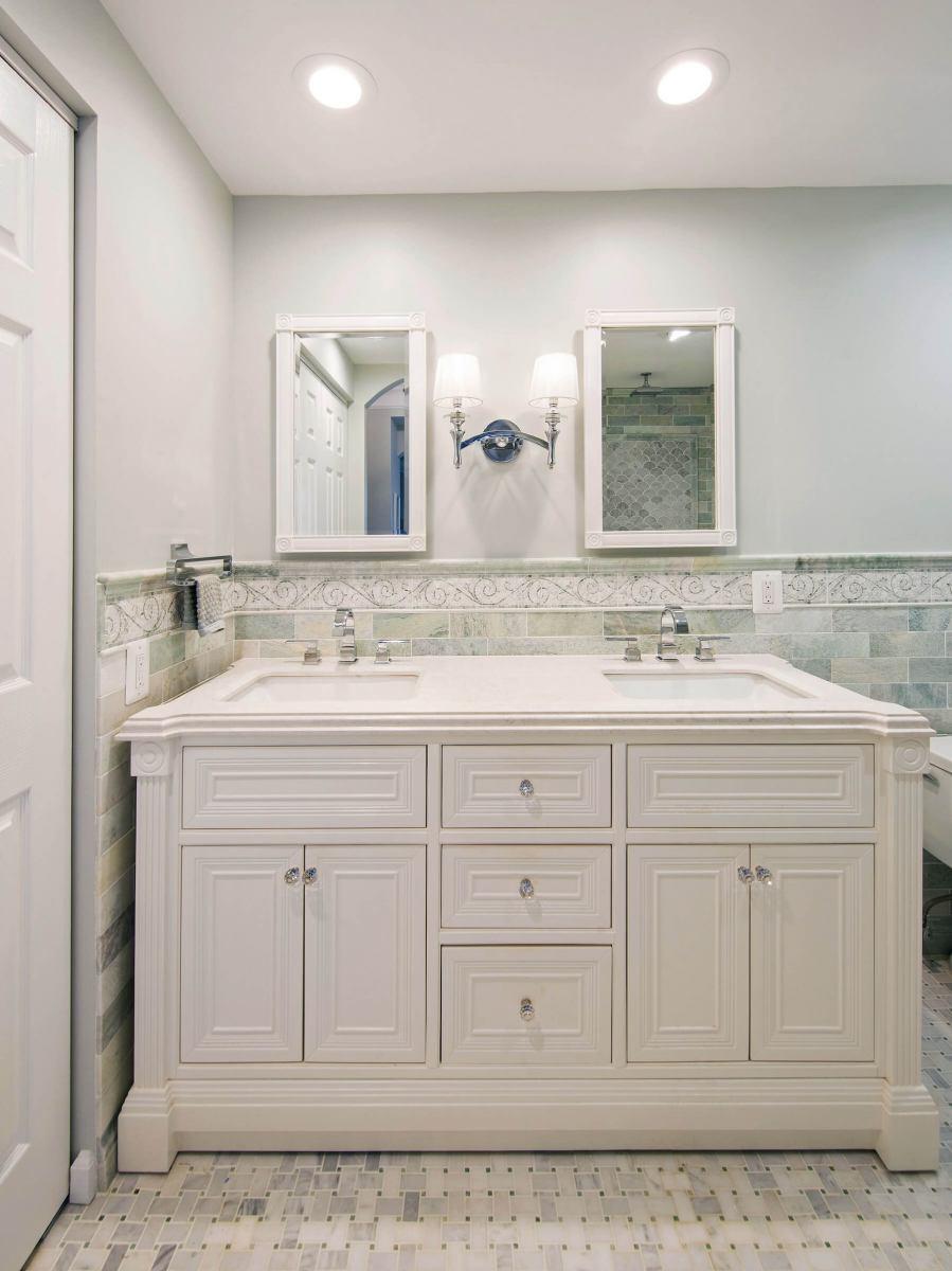 Bathroom7-26-18-_931