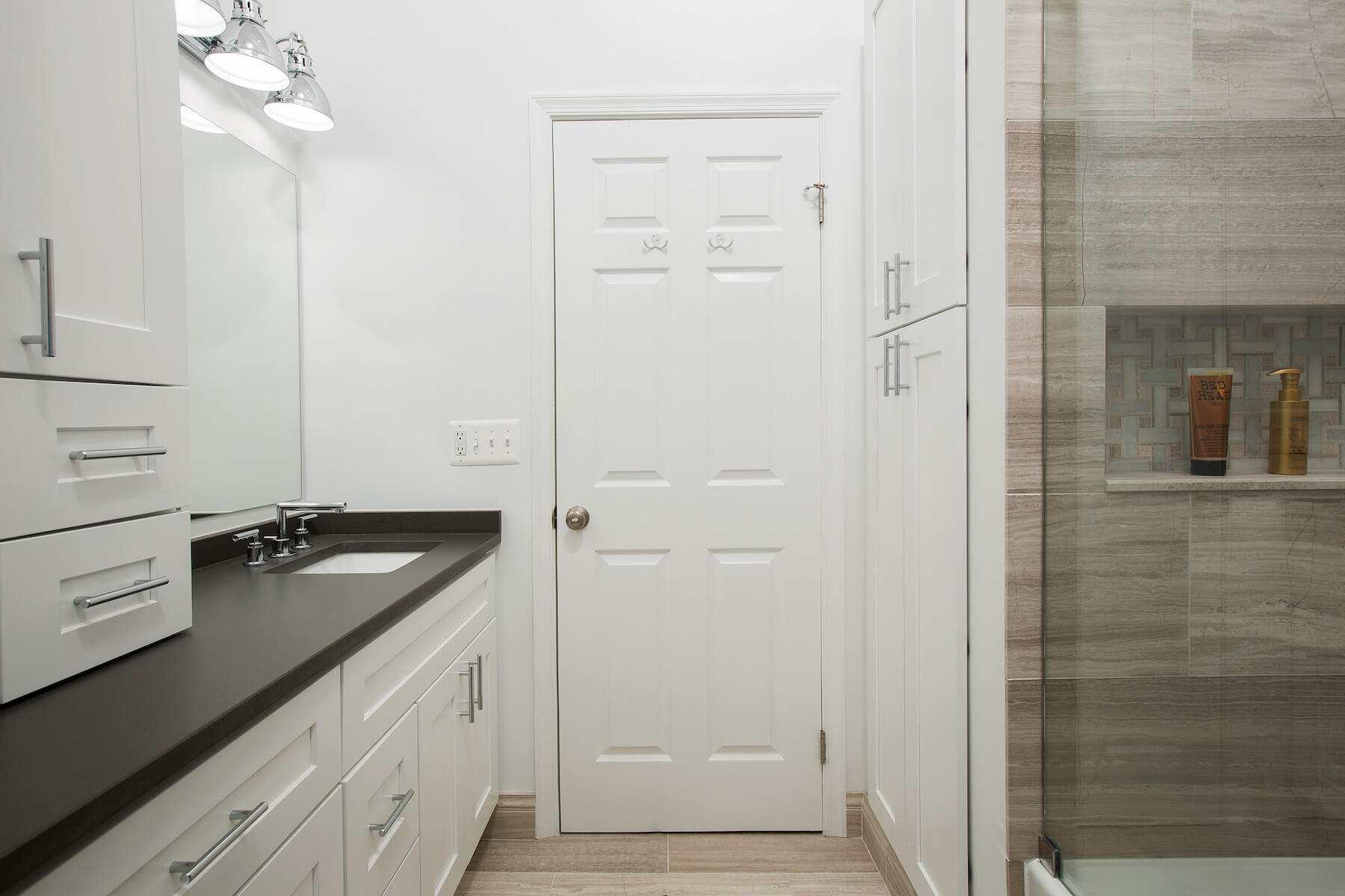 bathroom0-19-17_899