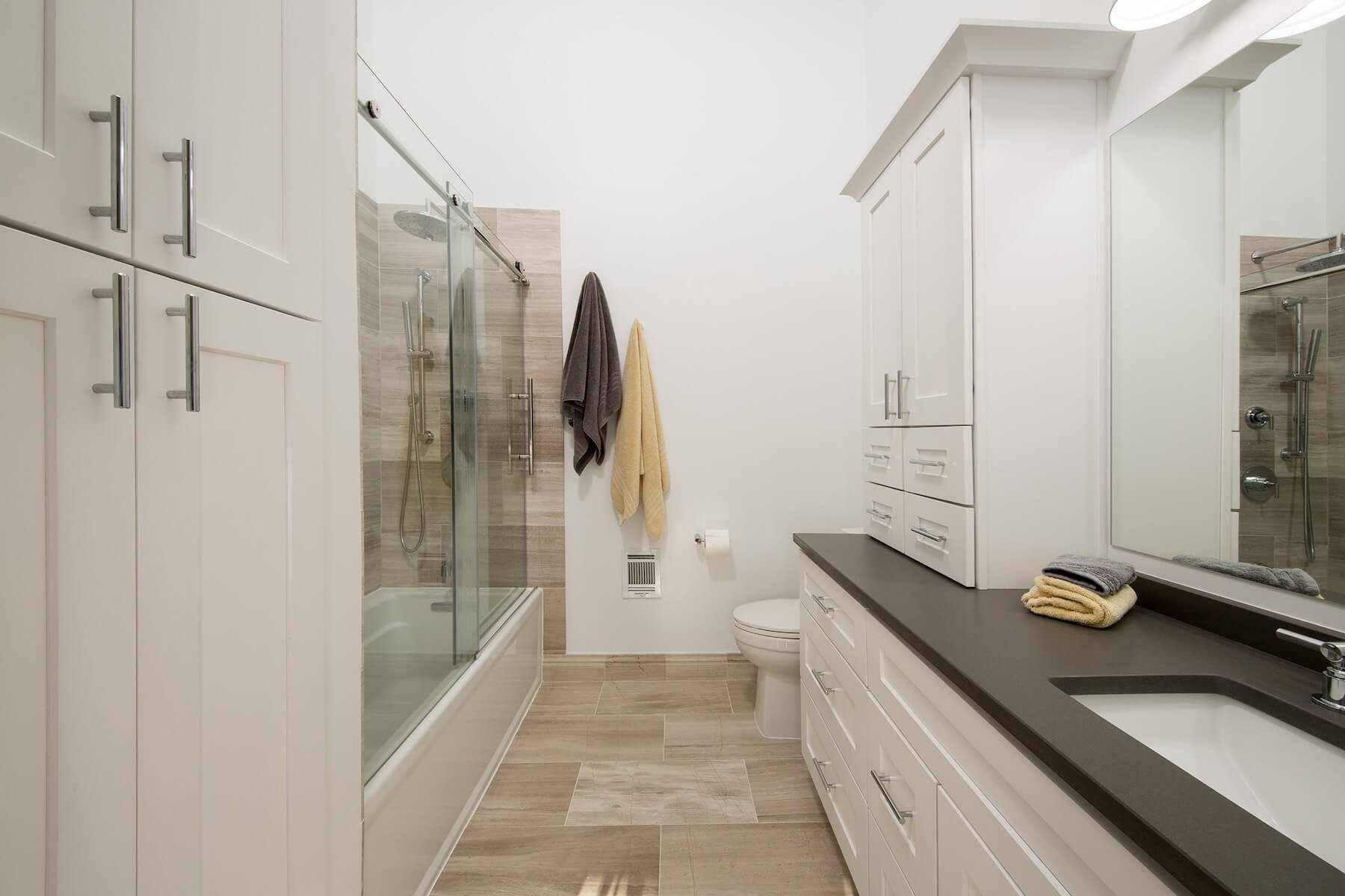 bathroom10-19-17_817