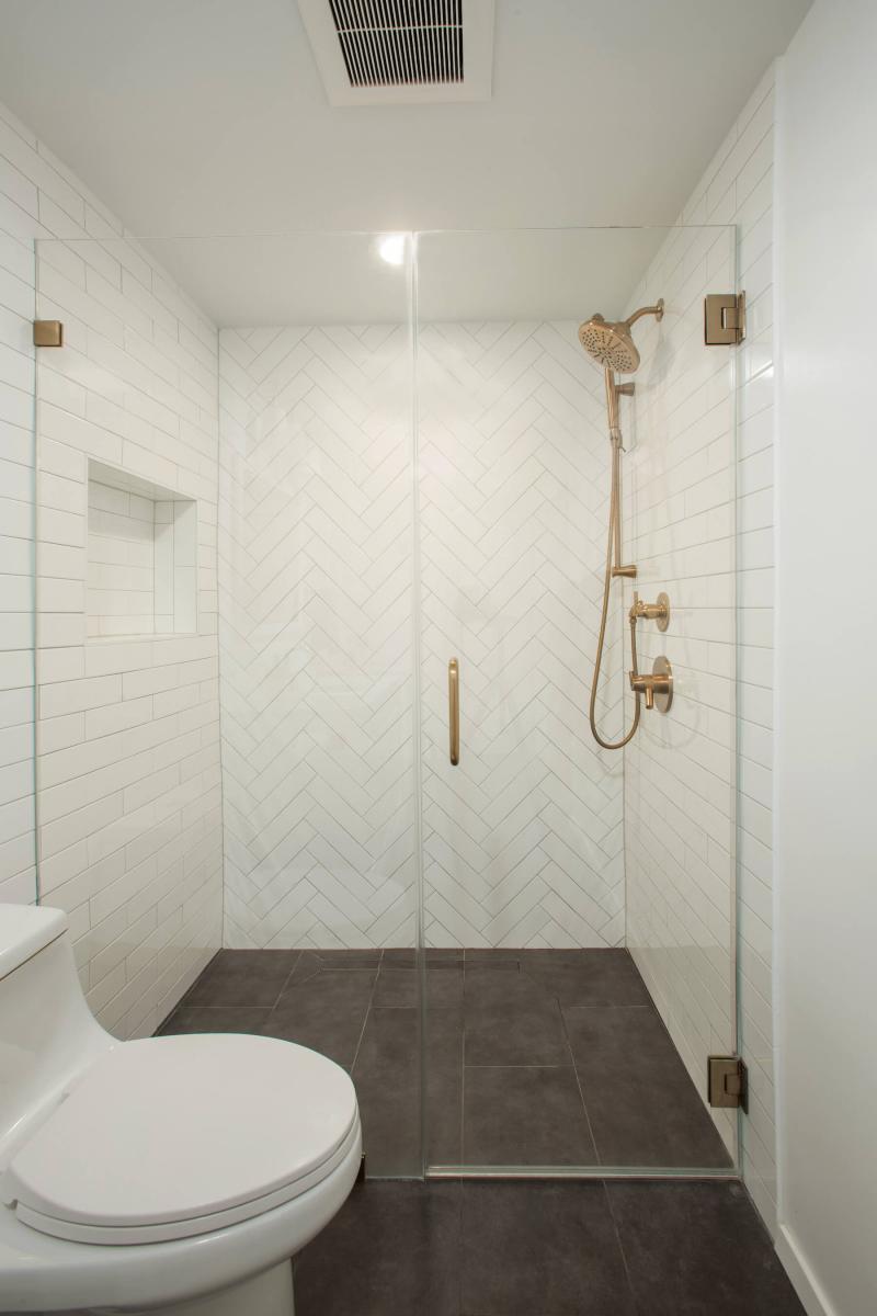 bathroom7-27-18_084