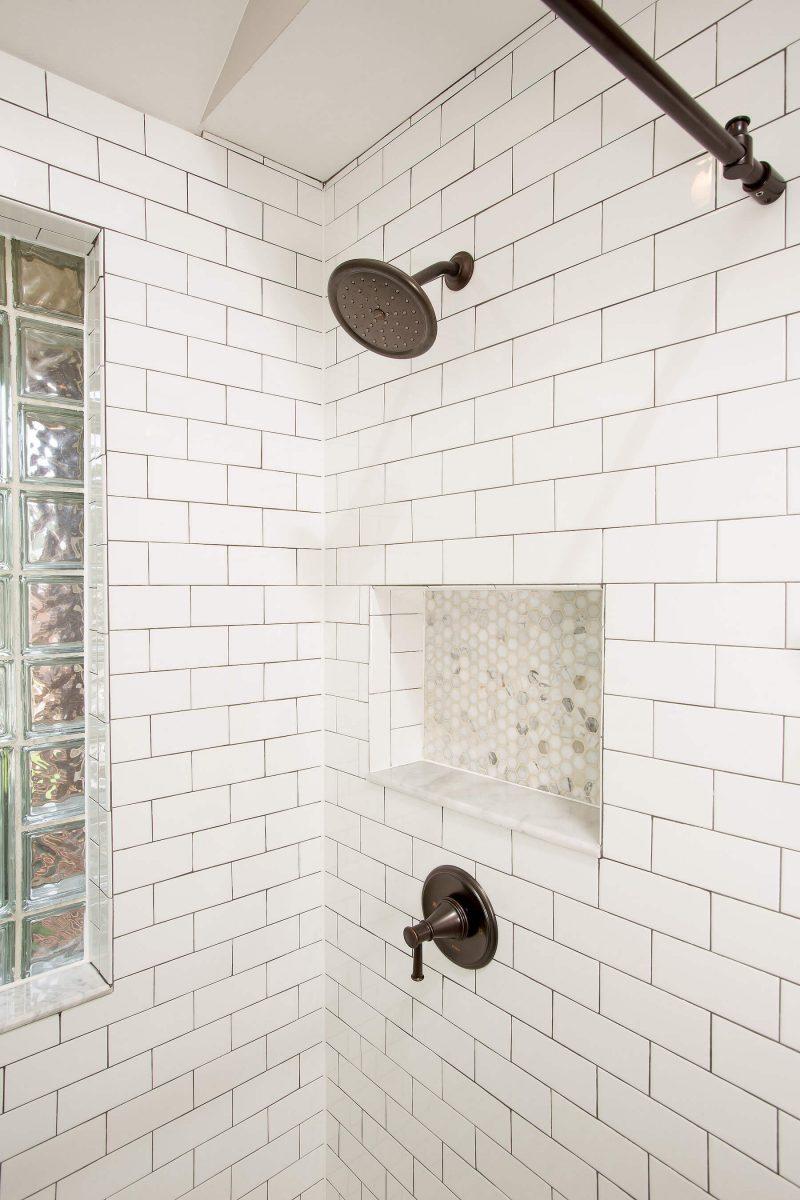 bathroom9-21-17_590