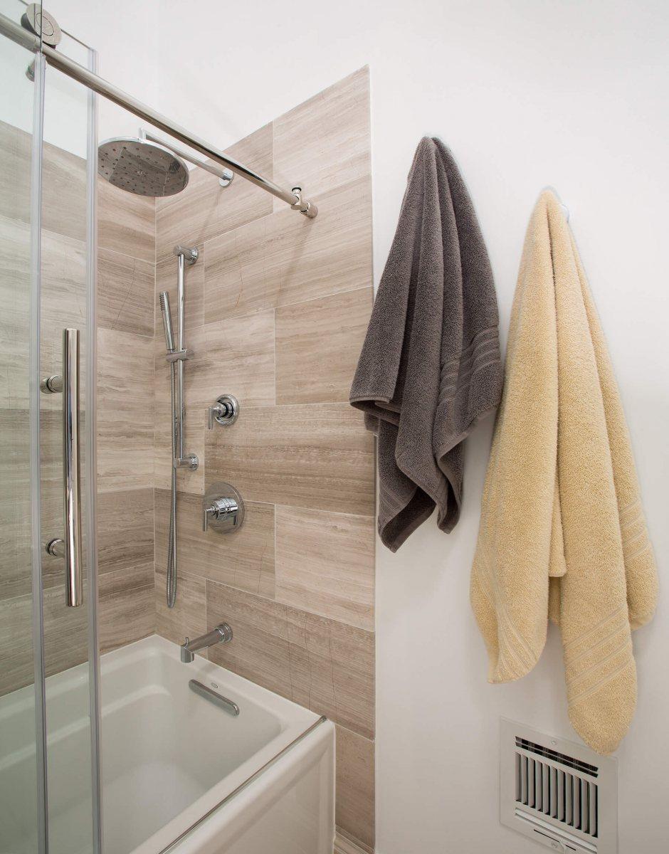 bathroom_10-19-17_845