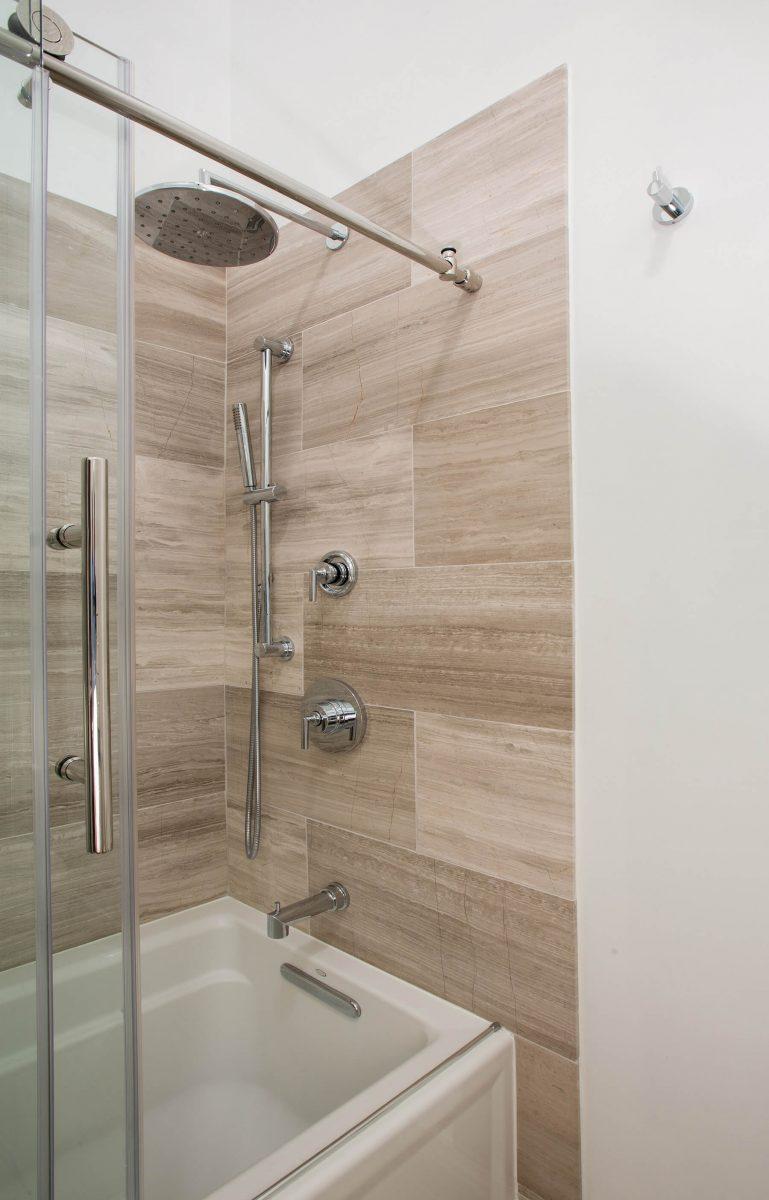 bathroom_10-19-17_850