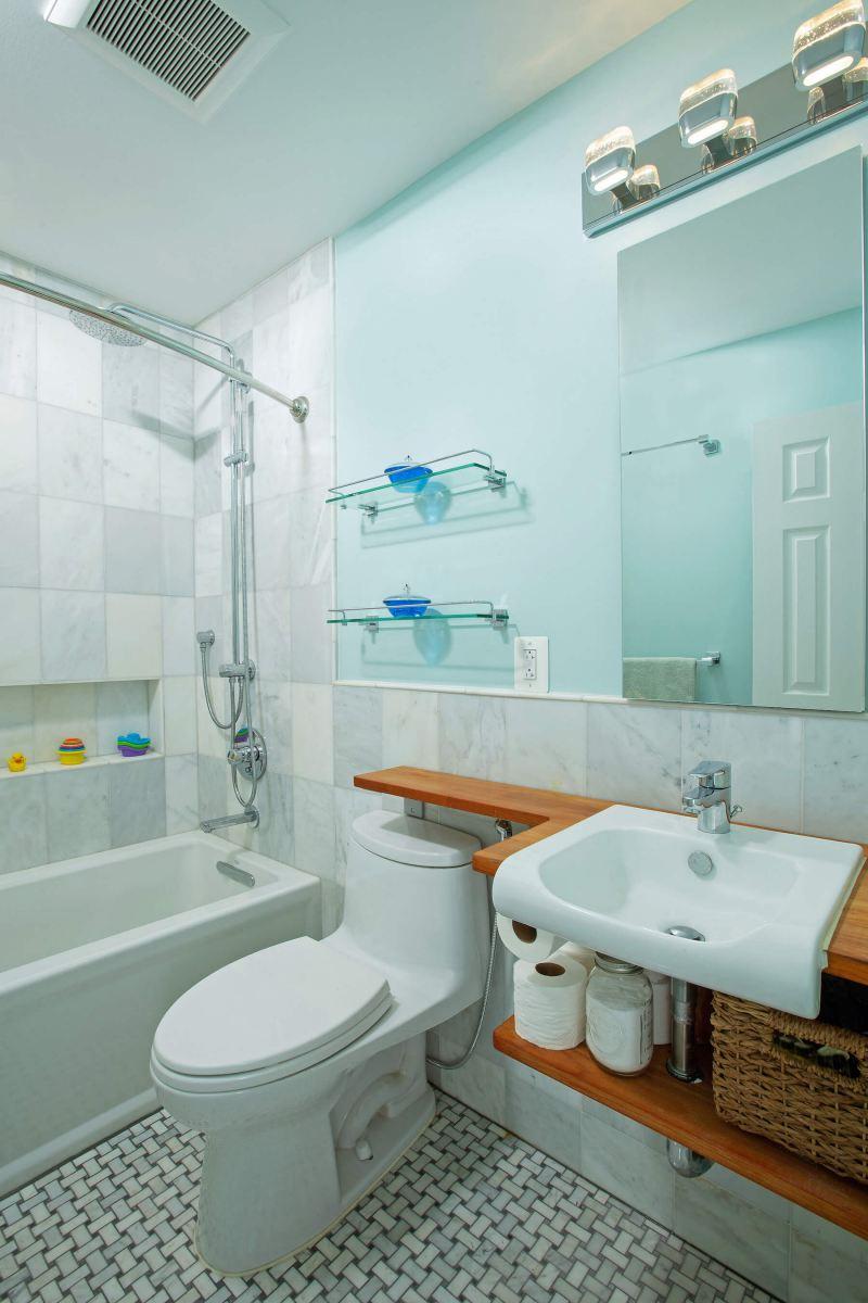 bathroom_5-17-19_324