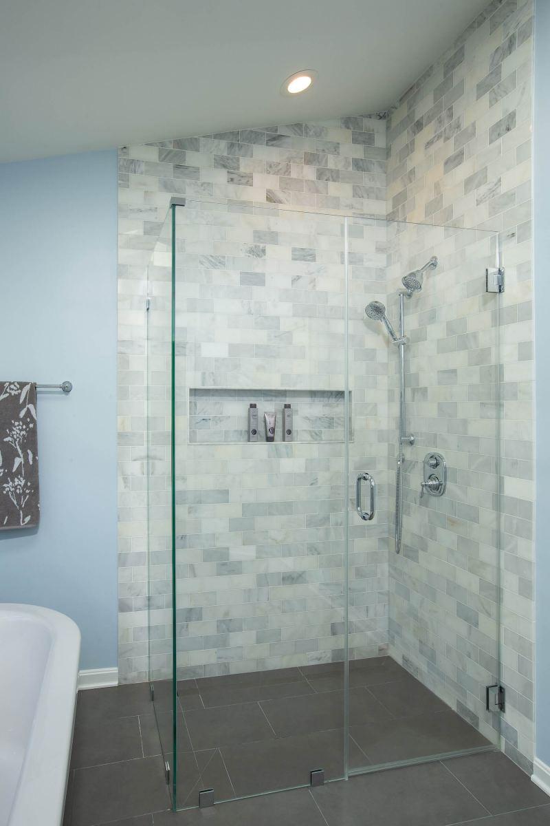bathroom_5-24-19_377