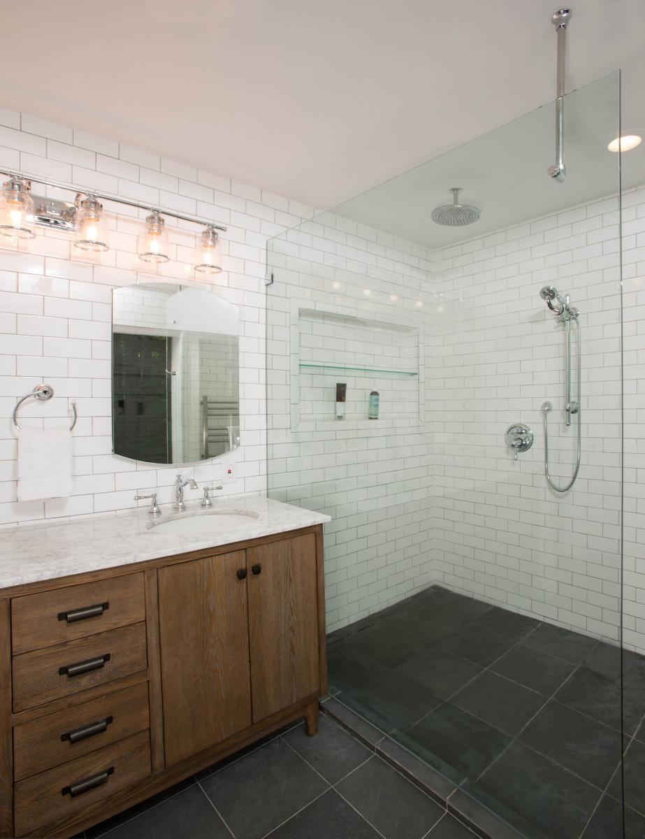 bathroom_9-21-17_485-copy