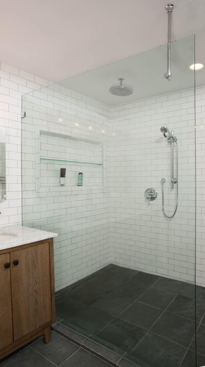 bathroom_9-21-17_485