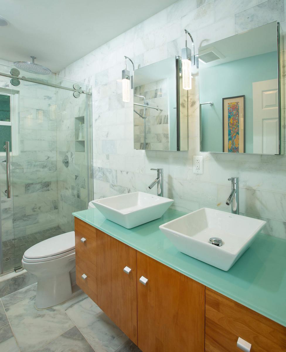 bathroom_R_5-17-19_312