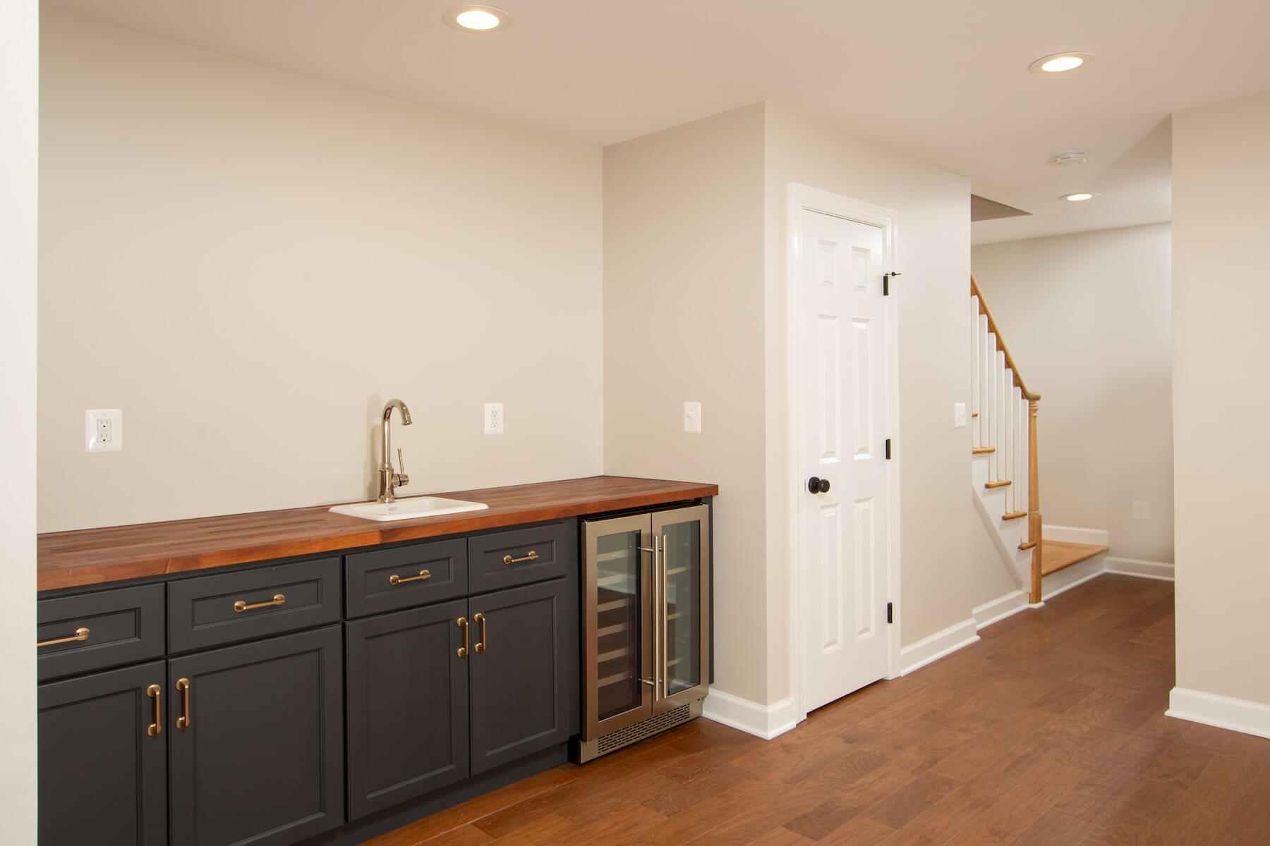 basementstairs_8-12-2019_770