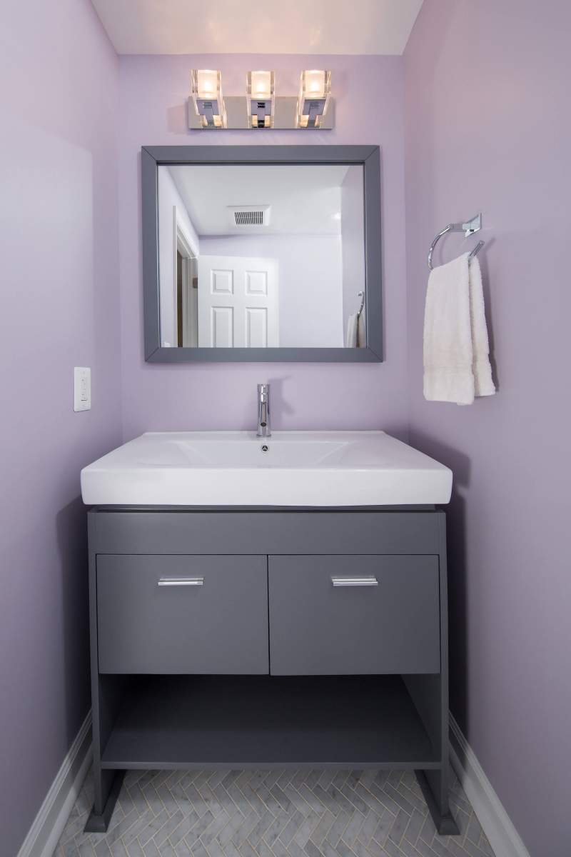 bathroom10-23-17_929