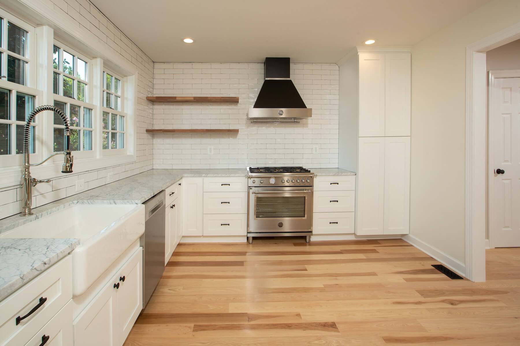 kitchen_stove_8-12-2019_721-1